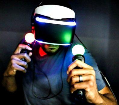PlayStation VR 395x350 - Siap Diluncurkan, Ini Bedanya PlayStation VR Generasi Baru dan Generasi Lama
