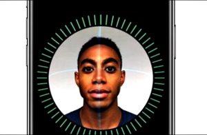Face ID iPhone X Ternyata Bisa Dibobol dengan Topeng 1